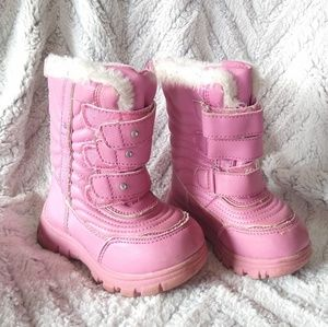 Children's place • toddler girl 7 pink snow boots